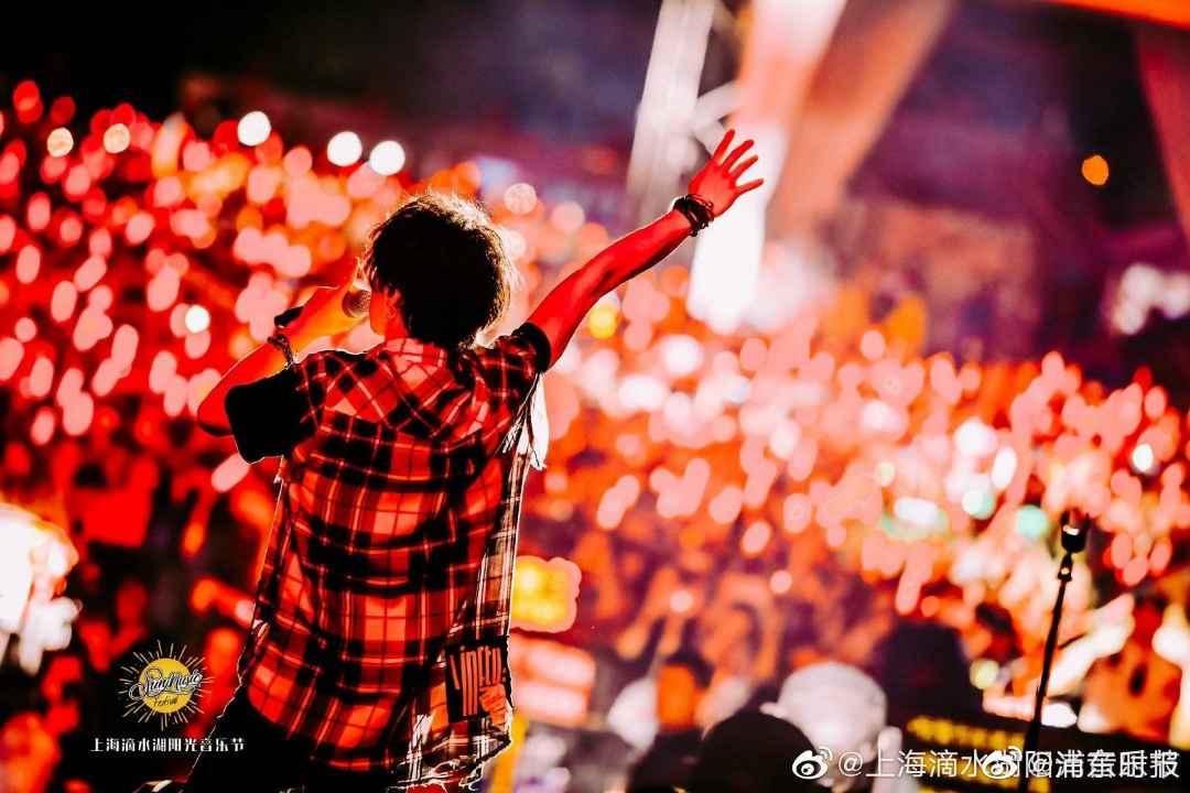 能不能讲讲谁是华语乐坛最被低估的人?