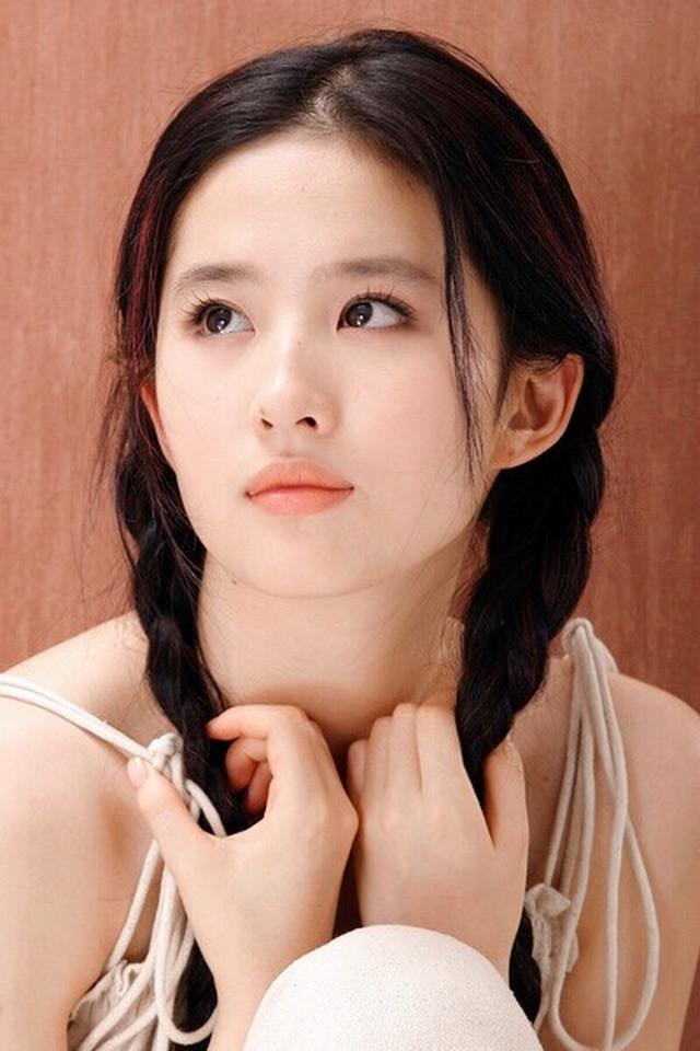 你们觉得高圆圆漂亮还是刘亦菲漂亮?