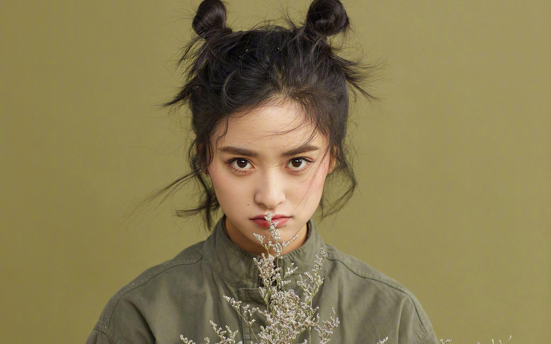 沈月,杨蓉在娱乐圈个子都不高,你会因为身高自卑吗?