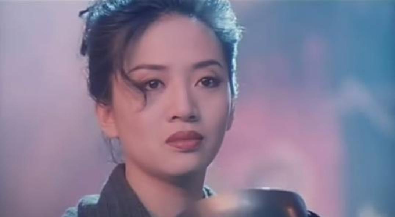 你认为香港前十位的女歌手是谁?