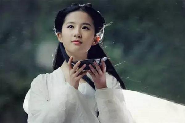 为什么这几年来,刘亦菲的作品很少出现?