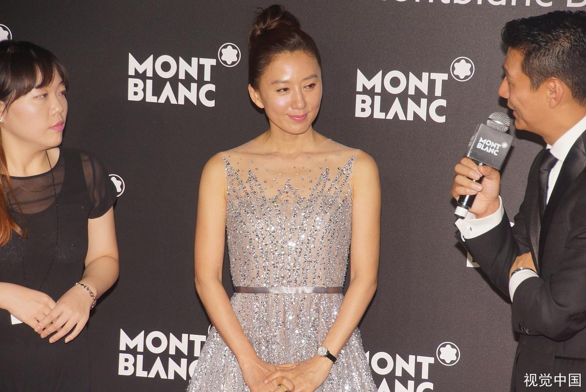 金喜爱是一位优秀演员,评价她在《妻子的世界》中演技?