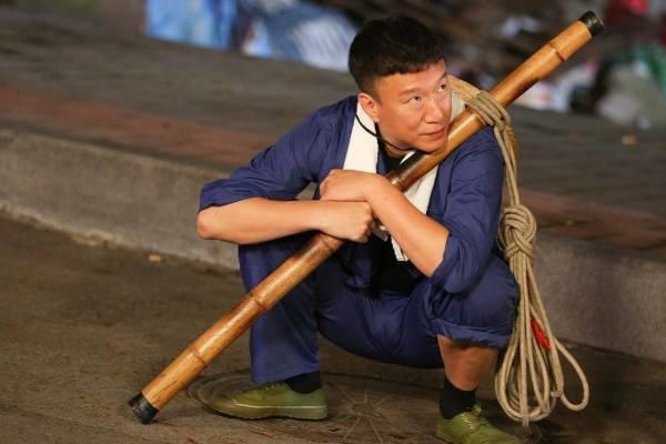 赵恒煊和孙红雷,他们哪个人演的黑老大更传神更真实?