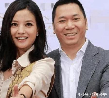赵薇夫妇为什么那么能赚钱?