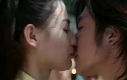 如果你遇到20岁时的张柏芝,你会想和她说什么?