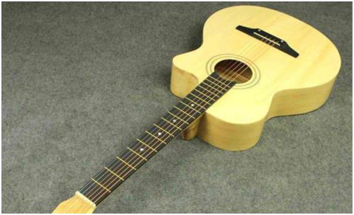 想买一把旅行小吉他,需要注意些什么?