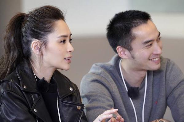 """网友评论阿娇和赖弘国又是娱乐圈的一例""""开放式婚姻"""",真是这样吗?"""