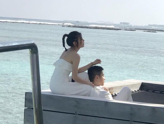 陈晓陈妍希再拍婚纱照秀恩爱,陈晓为何没有选择赵丽颖?