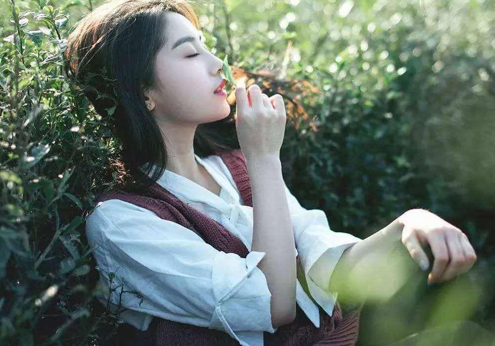 刘芸是很坦诚相待的人,生活中说实话好不好?