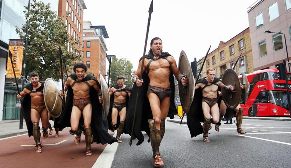 斯巴达战士号称屠龙勇士,但为何从不穿衣服?