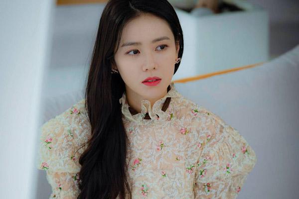 韩网评出了韩国十大美女,普遍有哪些共同特征?