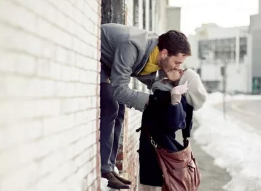 亲吻你喜欢的人的时候你在想什么?