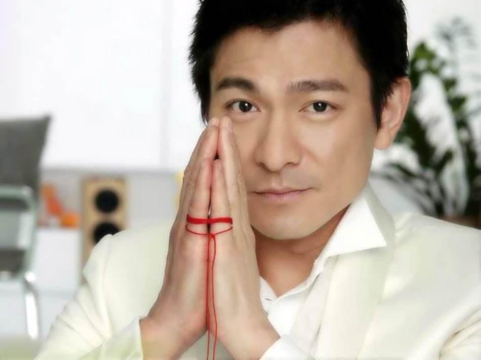 给华语乐坛给男歌手排个名,刘德华大概在什么位置?