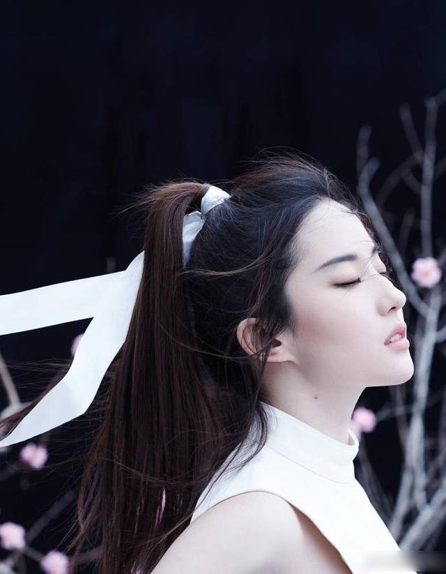 如何评价刘亦菲的演技?